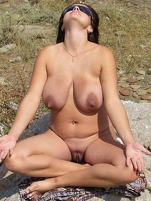 hotties unvarnished tiro mature