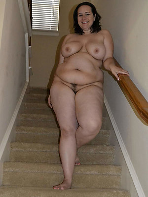 stripped bbw mature crude pics