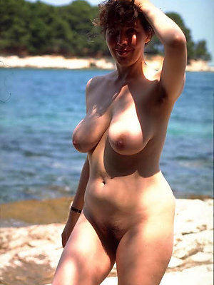 curvy unconcealed beach matures pics