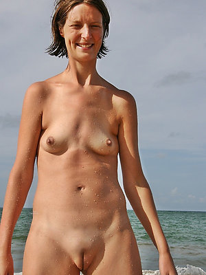 nasty full-grown body of men on beach pics
