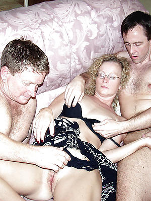 xxx mature wife threesome