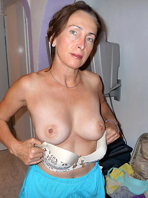 dilettante mature women with big tits