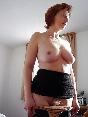 sexy mature women with big Bristols