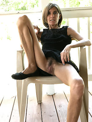 naught mature women upskirt
