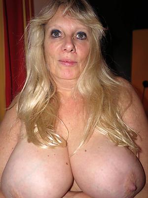 pulchritudinous mature slut wife pics