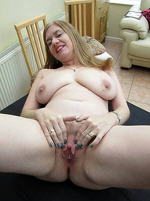 free pics be fitting of mature lady xxx