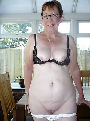 beautiful real old nude column rout pics