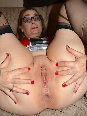 free pics of private nude old women