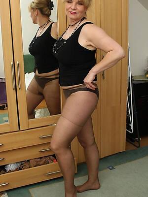 old women in pantyhose tyro porn pics