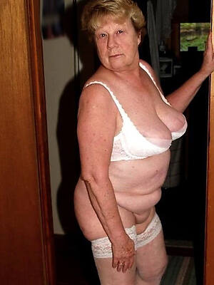 hot sexy elder mature big tits