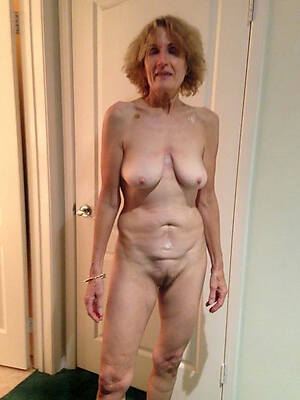 free pics of older barren mature women