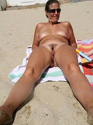 mature women elbow beach sex pics