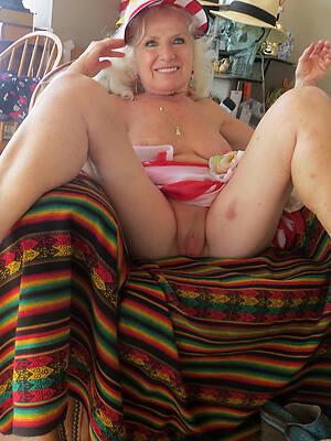 60 mature porn picture