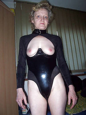 sexy women in latex pics