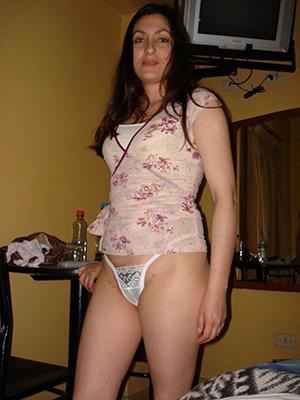 busty latina mature milf porn pics