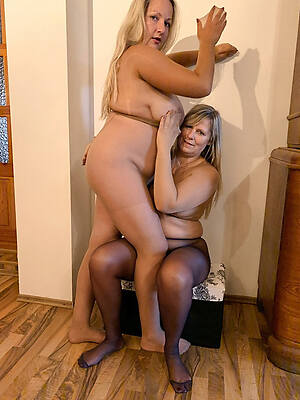 hot sexy mature lesbian porn gallery