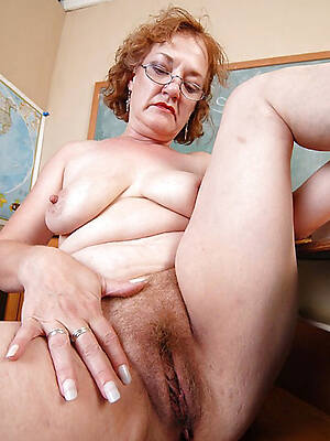 busty mature pallid pussy nude pics