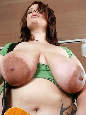 hot sexy mature big nipples