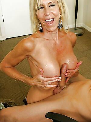 amazing mature tit job free nude pics
