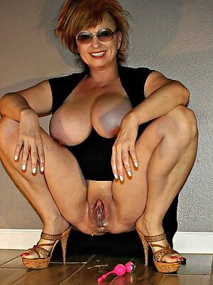 blue of age knockers posing nude