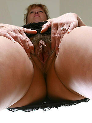 of age hairy pussy nude pictures