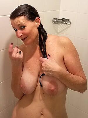 beautiful mature women in the shower pics