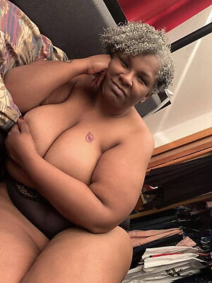 busty grown-up raven women naked