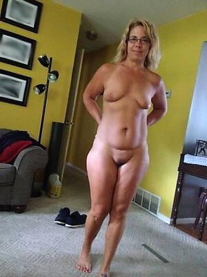 beautiful mature ex girlfriend pictures