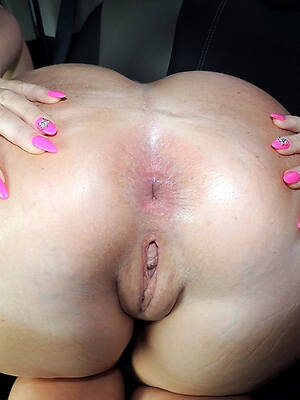 beautiful naked mature fat ass
