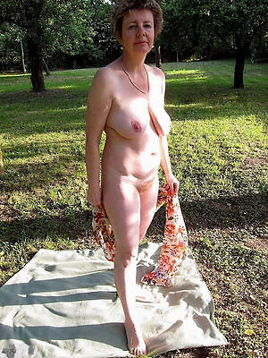 mature get hitched outdoors sex pics