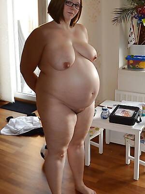 hot sexy mature pregnant tits