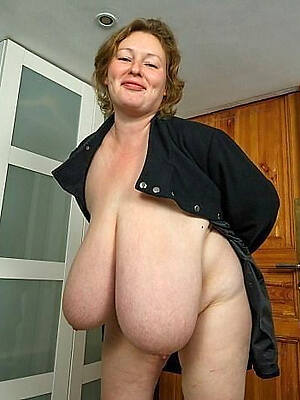 chunky tits mature pictures