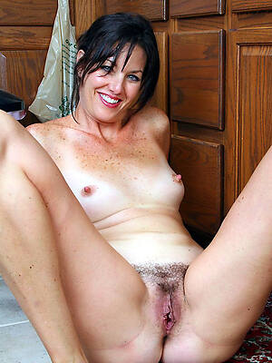 naked pics of wild mature moms