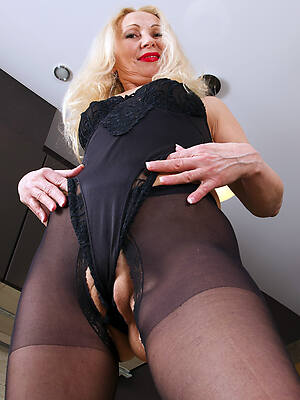 porn pics be beneficial to cameltoe mature