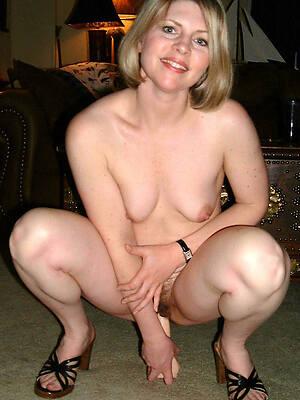 hot crestfallen mature women masturbation