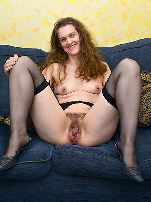 sweltering mature hairy pussy pics