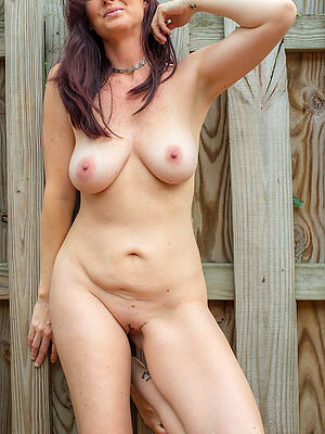 horny mature moms pictures