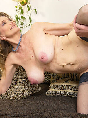 mature wife light of one's life pictures