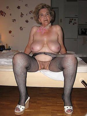 hot nude grannies pics