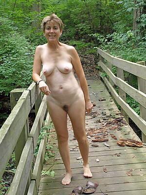 beautiful mature nudes pics