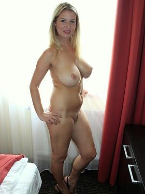 slutty mature women sex pics