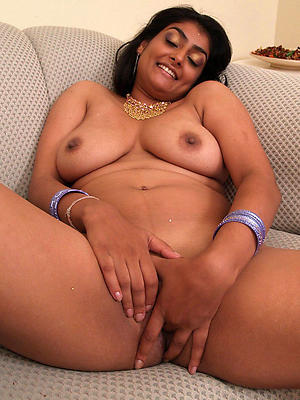 nude mature indian womenstripped