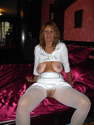 gorgeous mature untrained unfurnished women