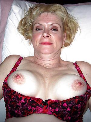 hotties mature amateur pictures