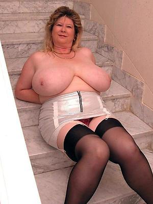 gorgeous mature milf big tits