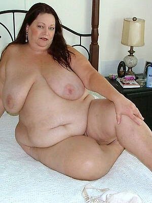denude pics of mature thick women