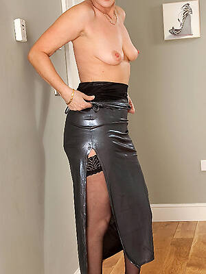 hot mature sluts sex pics