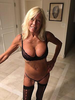 naked pics of X mature sluts