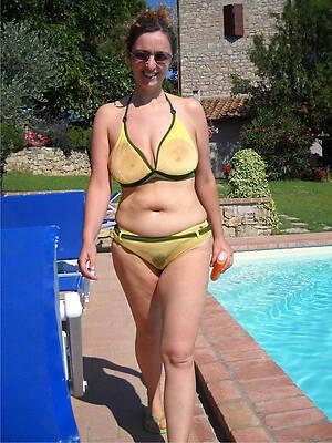 free hd morose mature mom bikini