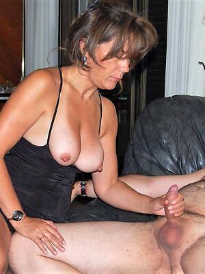 hot sexy mature handjobs